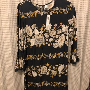 Floral Old Navy 3/4 Length Sleeve Dress